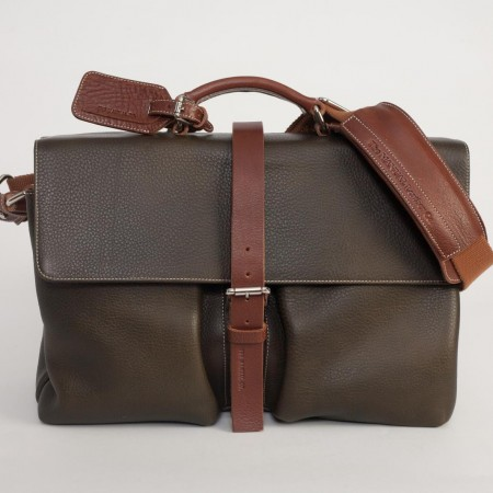 5480UK Buckle Bag 1