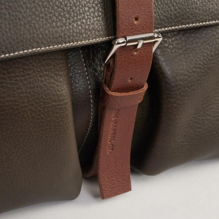 5480UK Buckle Bag 3
