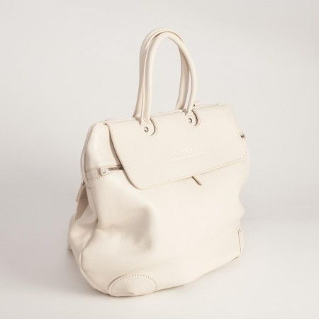 5893UK Shell Shaped Handbag 2