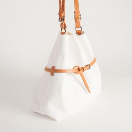 5894EUK Belted Handbag 3