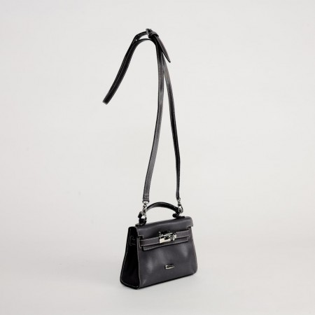 5951UK Turnlock Handbag Black 2