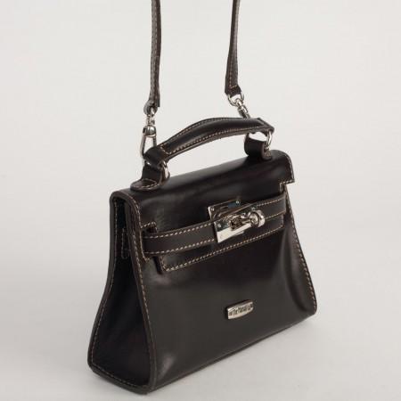 5951UK Turnlock Handbag Black 3